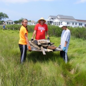 Seventy Volunteers Got Wet, Got Dirty and Had Fun at the  11th Annual Inland Bays Clean Up